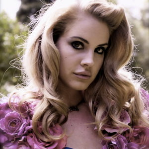Top 10 of lana del reys most hairgasmic moments not your even though i really dont like when people dye their hair blonde because the coloring never goes correctly with their skin or they honestly look better pmusecretfo Gallery